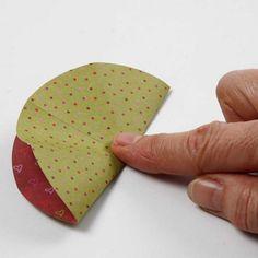Engel aus Vivi Gade Origamipapier   DIY Anleitung