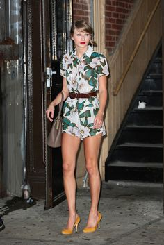 Get Inspired By These Taylor Swift Date Night Outfits   Teen Vogue