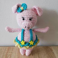 ⭐💙🐖MiNi PiggY🐖💙⭐ #amigurumis #amigurumitoys #amigurumi #toys #crochettime #lovecrochet #knittingtime #knitlife #bhooked #crocheting… Amigurumi Toys, Love Crochet, Crocheting, Hello Kitty, Knitting, Mini, How To Make, Handmade, Character