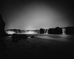 Iceland by Frodi Brinks. Frodi Brinks in his Iceland series presents a dramatic view of the breathtaking nation in black and white. There's a calming elegance about his images that wash over the viewer like one of Iceland's waterfalls. Abstract Photography, Artistic Photography, Landscape Photography, Exposure Photography, Teen Photo Shoots, Iceland Photos, Black And White Landscape, Black White, Couple Photography Poses