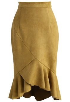 Looking Fabulous Frill Hem Suede Skirt in Mustard - New Arrivals - Retro, Indie and Unique Fashion Suede Skirt, Ruffle Skirt, Frilly Skirt, Leather Skirt, Unique Fashion, Jupe Short, Led Dress, Faux Suede Fabric, Brown Skirts