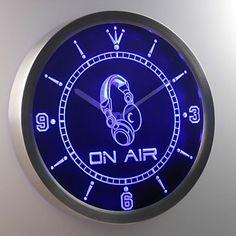 nc0446 en la muestra de la barra de neón de los auriculares de aire llevó reloj de pared – MXN $ 676.23