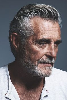 14 Cool Ideas for Older Men Hairstyles – World Trends Fashion Top Hairstyles For Men, Older Mens Hairstyles, Hair And Beard Styles, Hair Styles, Hair Vector, Men With Grey Hair, Beard No Mustache, Hair Images, Male Face