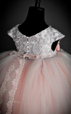 Princess Girls Birthday Dresses Real Pic 2018 ins Cap Sleeves Lace Bodice Cute Pink Flower Girls Dress Buttons Back Full Length Custom Made