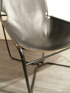 ≥ s) dik tuigleer sixties groot retro jaren 70 design fauteuil - Fauteuils - Marktplaats.nl Leather Chairs, Groot, Butterfly Chair, Retro, Design, Furniture, Armchairs, Leather Dining Chairs