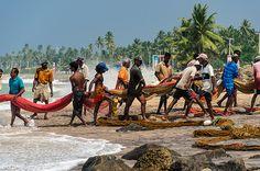 sri lankan fisherman, Hikkaduwa, Southern Province, Sri Lanka (www.secretlanka.com)