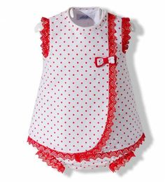 White and red linen dress with hood- Vestido de lino blanco y rojo con capota Dress with hood and summer frog for baby girl made in white linen with polka dots and red lace - Baby Frocks Party Wear, Baby Girl Frocks, Frocks For Girls, Toddler Girl Dresses, Little Girl Dresses, Toddler Outfits, Kids Outfits, Girls Dresses, Net Dresses
