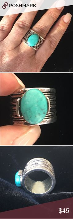 🆕 PD silver tone faux turquoise ring Premier Designs silver tone, faux turquoise ring- this ring is a heavy weight contender! Truly stands out!      ✅I ship same or next day ✅Bundle for discount Premier Designs Jewelry Rings