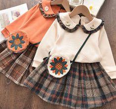 Baby Girl Dress Patterns, Toddler Girl Outfits, Toddler Girl Dresses, Little Girl Dresses, Baby Dress, Girls Dresses, Vintage Kids Clothes, Kids Frocks Design, Elegant Girl