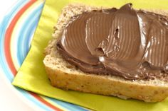 If you crave Nutella, here's a healthier version of the #nutella spread made w/ five ingredients.