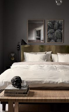 Vintage Interior Design black bedroom luxury vintage decor Neutral bedroom idea for couple for men - Try Nighslee risk free with sleep trial Hassle-free return. Temperature Regulating AirGel™ memory foam mattresses to sleep cool Neutral Bedrooms, Luxurious Bedrooms, Master Bedrooms, Luxury Bedrooms, Modern Mens Bedroom, Trendy Bedroom, Minimal Bedroom, Dark Walls, Dark Bedroom Walls