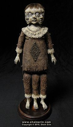 Shain Erin, Conjoined Triplets – Exquisite Monster Art Doll. Morbid Art dolls by Shain Erin.