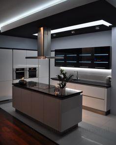 Modern Kitchen Interiors, Luxury Kitchen Design, Kitchen Room Design, Contemporary Kitchen Design, Kitchen Cabinet Design, Home Decor Kitchen, Interior Design Kitchen, Home Kitchens, Kitchen Cabinets Decor