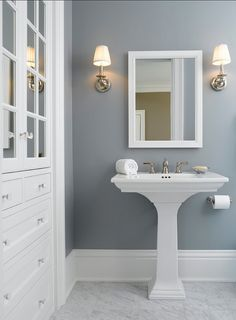 "Home Decor : .loving the wall color! { Paint Color is Benjamin Moore colors Solitude"".} Like the wall color with the white contrast! Bathroom or bedroom? Benjamin Moore Couleurs, Benjamin Moore Blue, Benjamin Moore Horizon, Blue Gray Paint Colors, Paint Colours, Blue Gray Walls, Blue Gray Bedroom, Grey Bedroom Paint, Navy Blue"