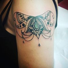 Stunning Arm Tattoos For Women – Meaningful Feminine Designs Sailor Jerry, Arm Tattoos For Women, Tatoos, Piercings, Arms, Tattoo Damen, Designs, Journal, Check