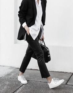 """Tomboy Style Outfits; The androgynous nature of tomboy style fashion is always relevant. Who among you hasn't flirted with this look at some time? You might be surprised to learn that the word dates back to the sixteenth century, but it came into its own, bigtime, via the garçonnes of the 1930s Jazz Age, with women who adopted what Vogue termed a """"trim and boyish"""" look."""