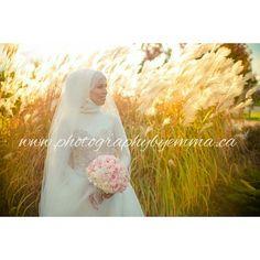 Emann   #photographybyemma #photography #nofilter #photographer #toronto #ottawa #bride #bouquet #lovemyjob #love #amour #wedding #dayofweddding #weddinghightlights #weddingphotography #weddingday #godbless #congratulations #beautiful by photosbyemmah