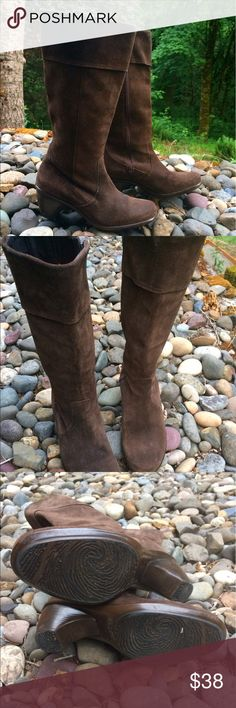 Suede Dansko Boots, size 39 Cute and comfortable Dansko boots in a dark brown suede. Gently used but in good condition. Dansko Shoes Heeled Boots