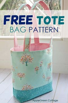 The prettiest free tote bag pattern - in 2 sizes! Check out my favorite tote bag pattern and see how to make a tote bag. By far the best free pattern for tote bag at AppleGreen Cottage. #freepattern #sewing #totebag #diybag