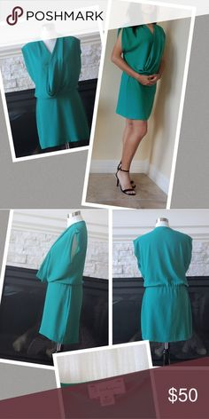 Babaton Green Mini Dress 👗 The Babatoncross-over neckline and gathered waist highlights the weighted drape of this sleek polyester fabric. Modern, sexy and elegant you can wear it with black heels and accessories with a black purse. t. babaton Dresses Mini