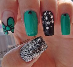 Green Bow Nails - http://claudiacernean.blogspot.ro/2013/04/unghii-cu-fundita-verde-green-bow-nails.html