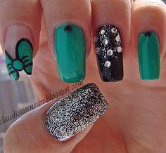 Green Bow Nails - http://claudiacernean.blogspot.ro/2013/04/unghii-cu-fundita-verde-green-bow-nails.html