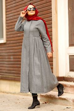 NEVA STYLE - GREY HIJAB COAT 2446GR Pakistani Fashion Casual, Abaya Fashion, Muslim Fashion, Grey Fashion, Suit Fashion, Fashion Outfits, Hijab Style Dress, Hijab Outfit, Hijab Elegante