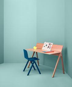 http://leibal.com/furniture/copenhague-table/