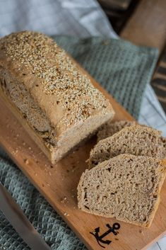 Spelled Whole Grain Bread Just do it yourself - Brot und Brötchen Healthy Party Snacks, Healthy School Snacks, Healthy Snacks For Diabetics, Easy Snacks, Snack Recipes, Protein Desserts, Protein Snacks, Protein Recipes, Best Protein Shakes