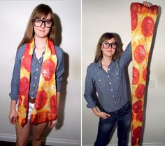 Pizza Scarf.