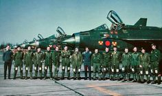 92 Squadron aircrew at RAF Gütersloh, 1977 Military Jets, Military Aircraft, Thunder City, War Jet, British Armed Forces, Royal Air Force, Jet Plane, Nose Art, Lightning