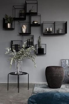 Elegant minimalist home decor inspiration. Elegant minimalist home decor inspiration. Shelving Design, Modern Shelving, Shelving Display, Shelving Systems, Shelving Decor, Contemporary Shelving, Shelving Ideas, Shelf Design, Key Design
