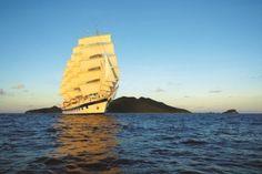 OLDSCHOOL: Tre moderne udgaver af de gamle Clipper-sejlskibe er Star Clippers-flådens stolthed. Skibstypen dominerede verdenshavene i det 19. århundrede, og turister kan opleve den gode, gammeldags sømands stemning.