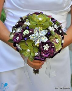 alternative bouquet, bridal bouquet, brooch bouquet, jeweled bouquet, wedding bouquet