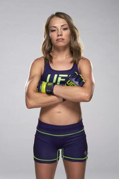 Rose Namajunas before she shaved her head Rose Namajunas, Shave Her Head, Female Fighter, Ronda Rousey, Future Wife, Female Athletes, Ufc, Beautiful Actresses, Female Characters