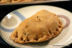 Finding Joy in My Kitchen: Sweet Potato Pockets with Kale, Sausage & Lentils Savory Sweet Potato Recipes, Healthy Cooking, Healthy Eating, Non Dairy Cheese, Hot Pockets, Grubs, Finding Joy, Amish, Lentils