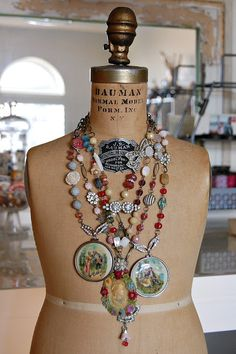 As we prepare to wrap up another year I can't help but think back on what a great year 2012 was for us. I realize that my presence on . Jewelry Crafts, Jewelry Art, Vintage Jewelry, Handmade Jewelry, Jewelry Design, Fashion Jewelry, Cameo Jewelry, I Love Jewelry, Jewelry Making