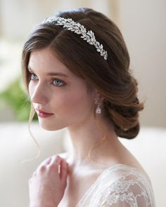 Add a perfect touch of nature-inspired beauty to your bridal style with this wedding hair vine, featuring freshwater pearls, hand-wired Swarovski crystals, and brushed leaf accents. Vintage Bridal Hair, Bridal Hair Updo, Bridal Hairpiece, Wedding Headband, Bridal Headbands, Vintage Updo, Bridal Makeup, Up Dos For Medium Hair, Medium Hair Styles