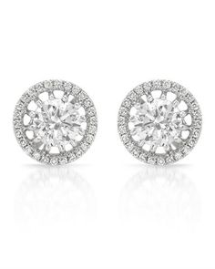 Marvelous stud earrings with genuine diamonds in white gold.