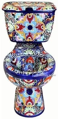 I want a mexican toilet! talavera toilets from Mexico: hand painted toilet Bath Accessories, Home Decor Accessories, Decorative Accessories, Mexican Art, Mexican Style, Crazy Home, Talavera Pottery, Bathroom Toilets, Bathroom Plumbing