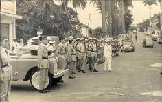 Guardias civiles y Soldados de reemplazo residentes en la Guinea Española. En ese momento deben ser las provincias de Muni y Fernando Poo. Mili en Melilla • Ver Tema - Los últimos territorios españoles en África (1898–1975).