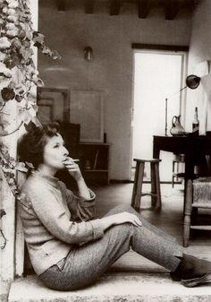 Mexican surrealist painter Remedios Varo- my favorite painter of all time De acuerdo, mi pintora favorita tambien
