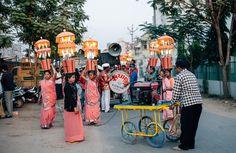 Lights for an indian wedding ceremony.  Rundreise durch den Bundesstaat Gujarat in Indien. Unterwegs mit Roteltours. Reiseblog von Marion und Daniel.