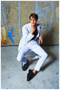 T-Magazine-Spring-Lightweight-Mens-Suiting-Fashion-Editorial-2015-006