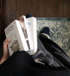 Classy Aesthetic, Book Aesthetic, Aesthetic Pictures, City Aesthetic, Aesthetic Photo, Aesthetic Rooms, Aesthetic Girl, I Love Books, Books To Read