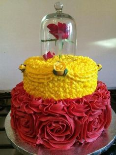 Beauty and The Beast Princess Belle cake.I want to do this cake for Angelina's Sweet 16 cake. Belle is her favorite! Pretty Cakes, Cute Cakes, Beautiful Cakes, Amazing Cakes, Yummy Cakes, Disney Cakes, Disney Princess Cakes, Princess Belle Cake, Disney Food
