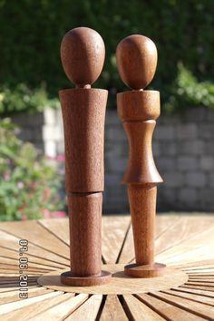 Par i mahogni Woodturning, Pepper Grinder, Stuffed Peppers, Wood Turning, Turning, Stuffed Pepper, Stuffed Sweet Peppers
