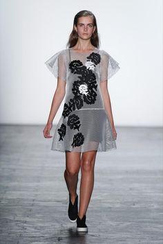 Vivienne Tam Summer Sample Sale coming up in New York from @viviennetamnyc! #newyork #samplesale #fashion #diary #event #viviennetam