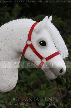 Iisan tallin blogi: 2014 Hobby Horse, Horse Tack, Taupe Eyeshadow, Stick Horses, Clay Cats, How To Make Clay, Horse Pattern, Aiko, Equestrian Style