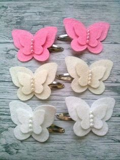 in feltro e pannolenci, White Butterfly Hair clips for girls Butterfly felt hairWhite Butterfly Hair Clips For Men by FeltHairBoutique Plus Previous Post Next PostEasy diy felt crafts felt crafts patterns and felt crafts michaels pics 32042032 feltcr Felt Crafts Patterns, Felt Crafts Diy, Wreath Crafts, Felt Diy, Cloth Flowers, Felt Flowers, Fabric Flowers, Diy Flowers, Crochet Flowers